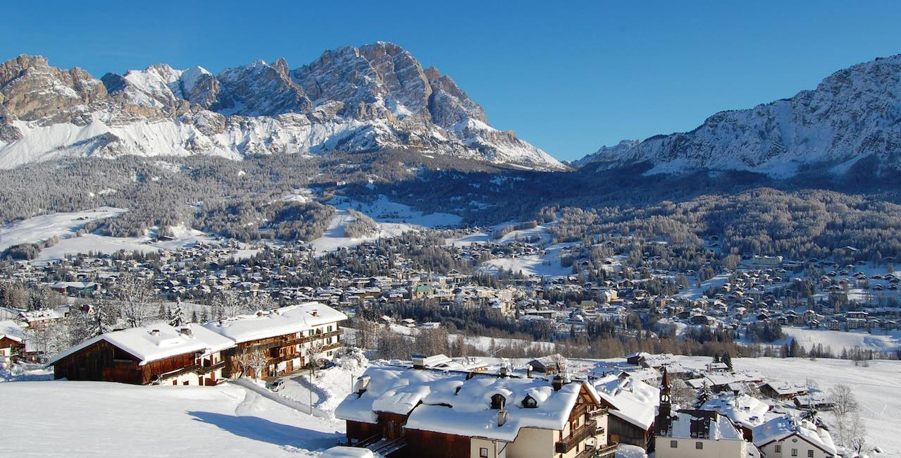 Cortina_inverno_paese_PaolaDandrea